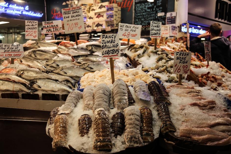 seattle-public-market-pike-place-seafood-lobster-mer-ocean-waterfront